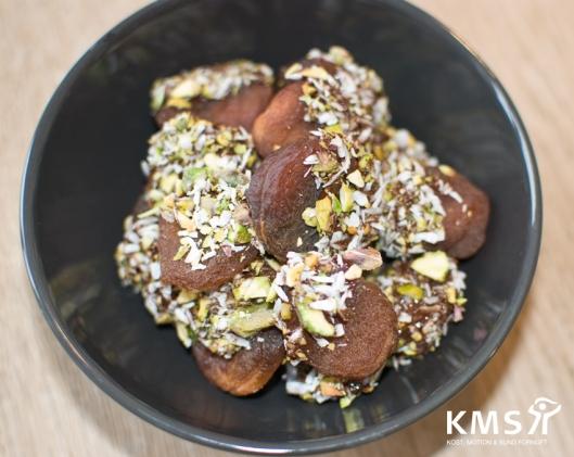 abrikos_med_chokolade_pistacie_og-kokos