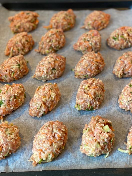 Lises frække deller med grønt bages i ovnen